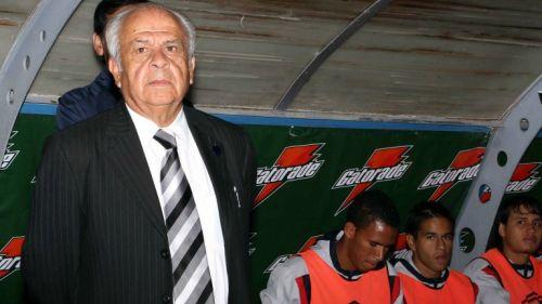 Aníbal Ruiz en su etapa como DT hace unos años