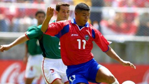 Rolando Fonseca durante el partido contra México