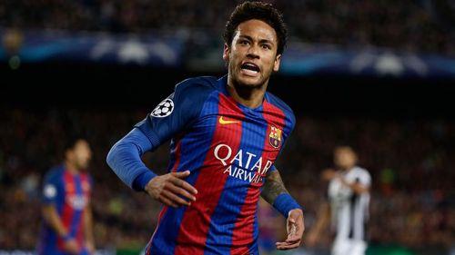 Neymar grita durante el juego contra Juventus