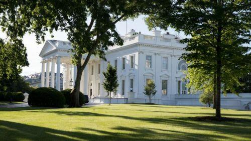 La Casa Blanca vista desde el jardín