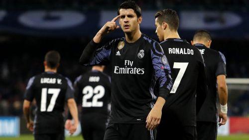 Morata festeja una anotación con el Real Madrid en La Liga