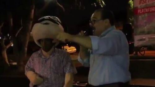 El diputado Jorge Carlos Ramírez Marín se pone a rapear