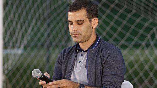 Rafa Márquez a punto de dar su conferencia de prensa