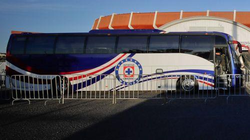Autobús del Cruz Azul en La Corregidora