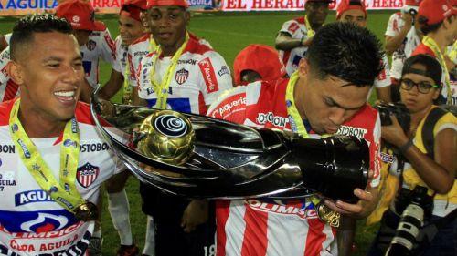 Futbolista paraguayo está envuelto en escándalo amoroso