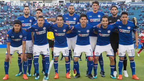 Me halaga que Almeyda me tome en cuenta para Chivas: Corona