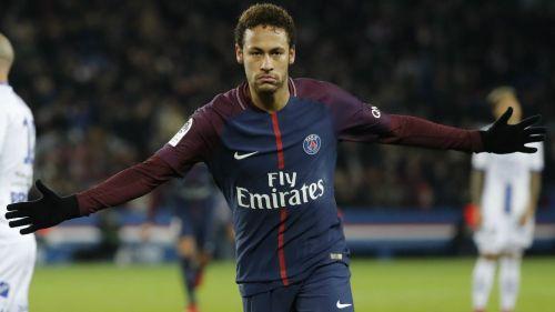 Padre de Neymar no descarta que su hijo juegue en Real Madrid