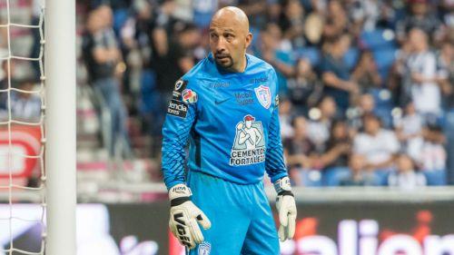 'Conejo' Pérez anuncia su retiro para final de torneo