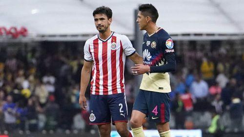 Oswaldo Alanís, junto a Álvarez en Clásico Nacional