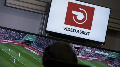 Reciben árbitros mexicanos gafete de FIFA