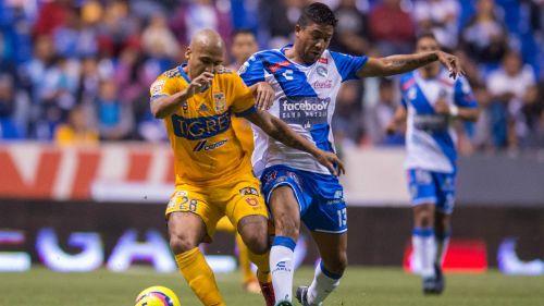 Luis Rodríguez en el partido contra el Puebla