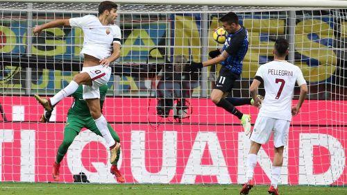 Inter rescató un empate que no lo salva de la crisis