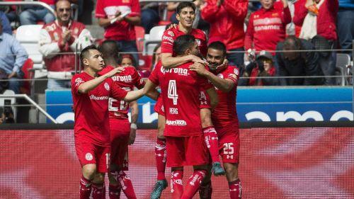 Necaxa dejó ir el triunfo ante Toluca