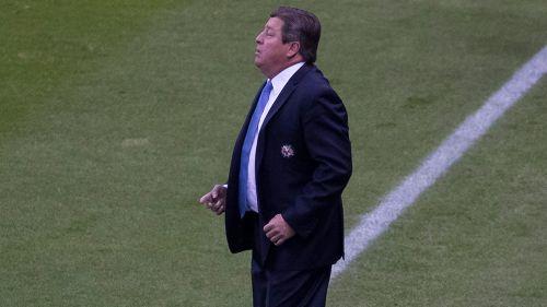 Miguel Herrera durante un partido del América