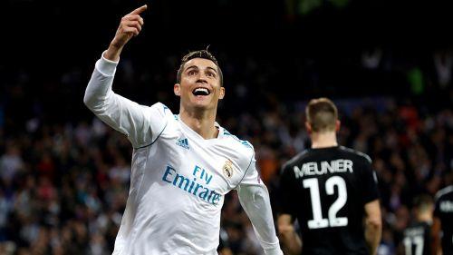 Cristiano Ronaldo festeja un gol contra PSG