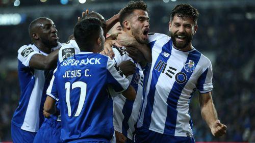 Futuro de Diego Reyes estaría fuera del Porto