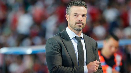 Rafael Puente explota contra el árbitro Diego Montaño