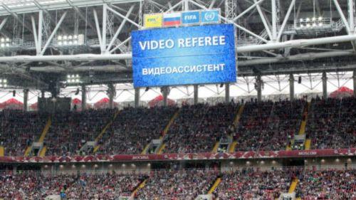 Uso del VAR en un torneo de la FIFA