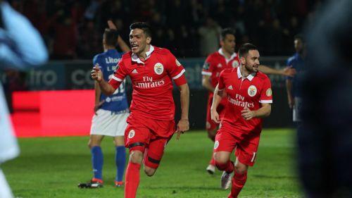 Con gol Raúl Jiménez, Benfica vence a Fairense