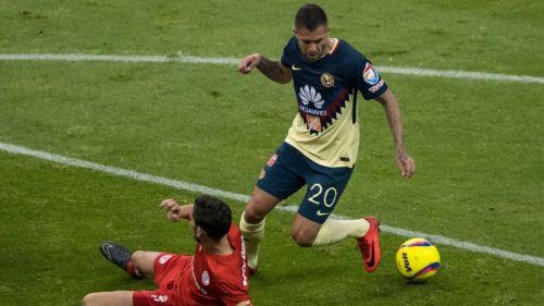 Hernán Cristante y Miguel Herrera protagonizaron pelea