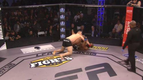 Drew Chatman e Irvins Ayala pelean en el octágono