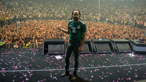El mexicano que robó el show con The Killers