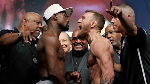 Floyd y McGregor se encaran en pesaje