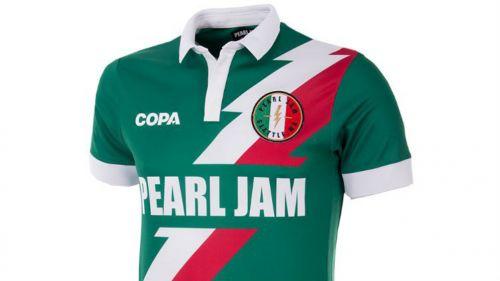 d20f8b8301225 Pearl Jam lanza playeras conmemorativas para el Mundial. Así luce la  camiseta de México diseñada por Pearl Jam
