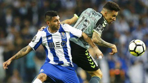 Tecatito Corona volvió al gol con Porto