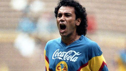POLÉMICA: Hugo Sánchez llamó esclavo a Carlos Santos