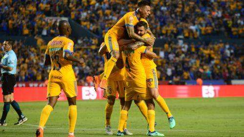 Tigres festaja gol de Hugo Ayala frente a Santos