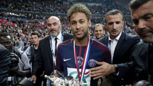 Presidente del PSG se refirió sobre el futuro del brasileño — Neymar