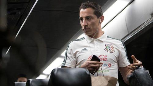 Andrés Guardado llegará hoy a México para ser operado