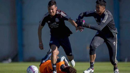 Juan Carlos Osorio prueba variantes en la zona ofensiva