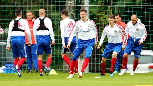 Rusia, durante un entrenamiento previo a su debut en el Mundial