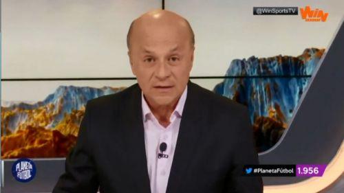Carlos Antonio Vélez durante una transmisión en vivo