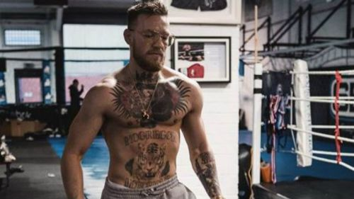 McGregor durante entrenamiento en el gimnasio