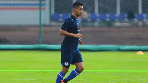 Ex agente de Elias Hernández demandaría al futbolista por falta de pago
