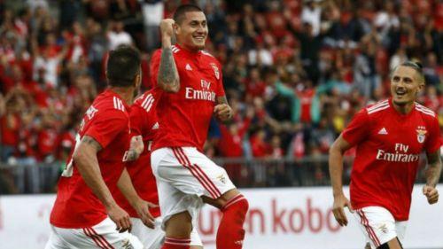 Castillo celebra anotación con el Benfica