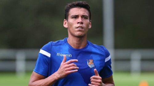 Héctor Moreno, durante un entrenamiento con la Real Sociedad