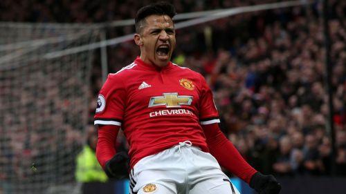 Alexis Sánchez festeja un gol con Manchester United