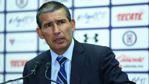 Yayo de la Torre, en su paso como directivo deportivo de Cruz Azul