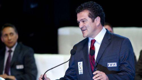 Carlos Hermosillo, durante la ceremonia de Investidura