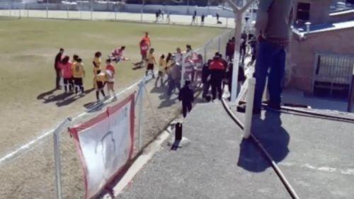 Violencia en Córdoba: dos equipos femeninos y cuatro heridas