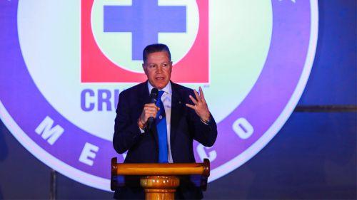 Cruz Azul y Pumas conservan el invicto; las Chivas vuelven a perder