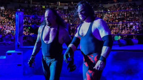 Kane y Undertaker en un Monday Night RAW