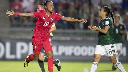 Riley festeja el gol que 'mató' a México