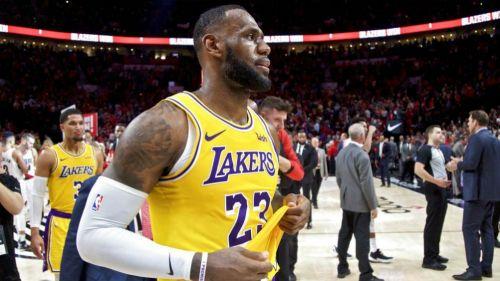 Trompadas y expulsiones en un partido de la NBA