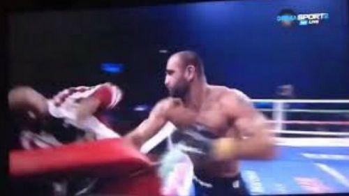 Gennady Martirosyan da golpe a su entrenador