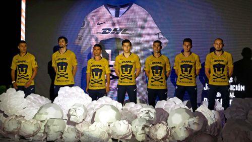 Pumas presentó camiseta por el Día de los Muertos